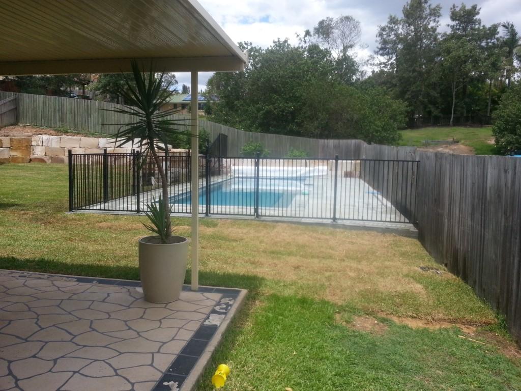 Aluminium Pool Fencing, Robson's Pool Safety Inspections, 7A/20 Bogong Street Riverhills Brisbane, QLD 4074, +61 7 33767895