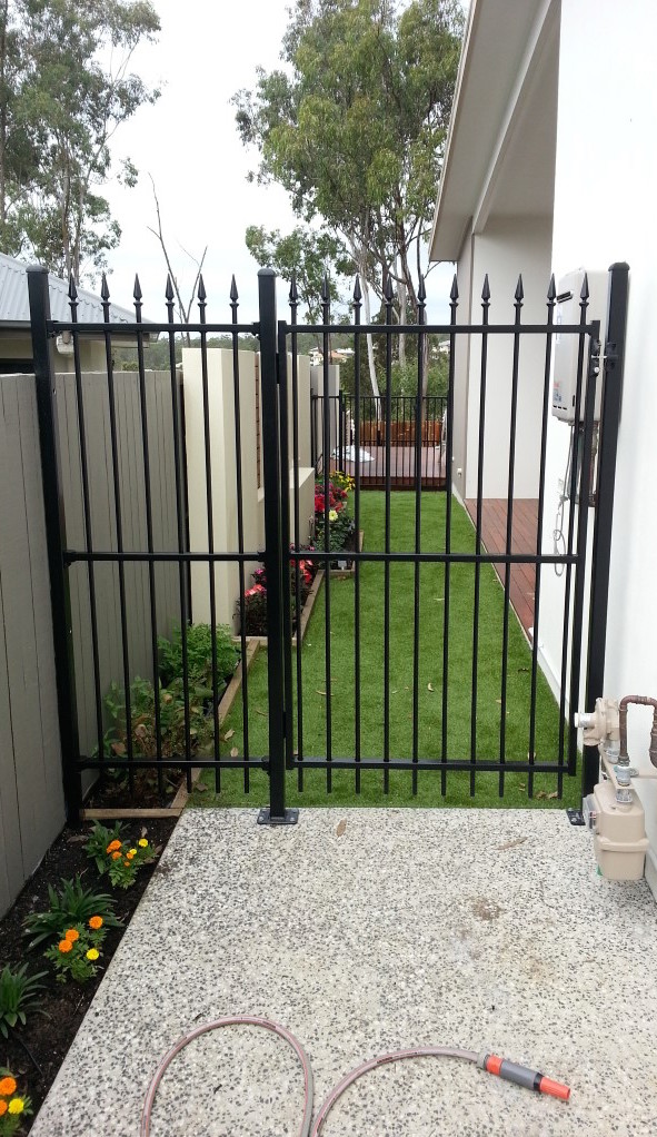 Side of House, Robson's Pool Safety Inspection Brisbane Ipswich