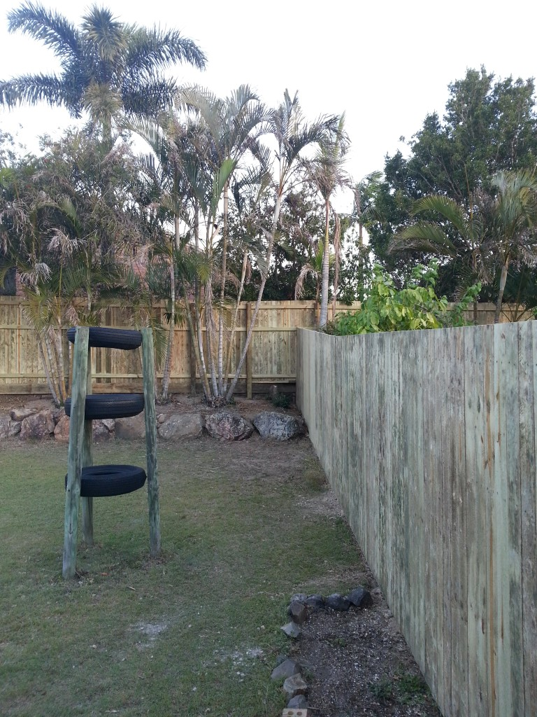 Timber Fencing3, Robson's Pool Safety Inspections, 7A:20 Bogong Street Riverhills Brisbane, QLD 4074